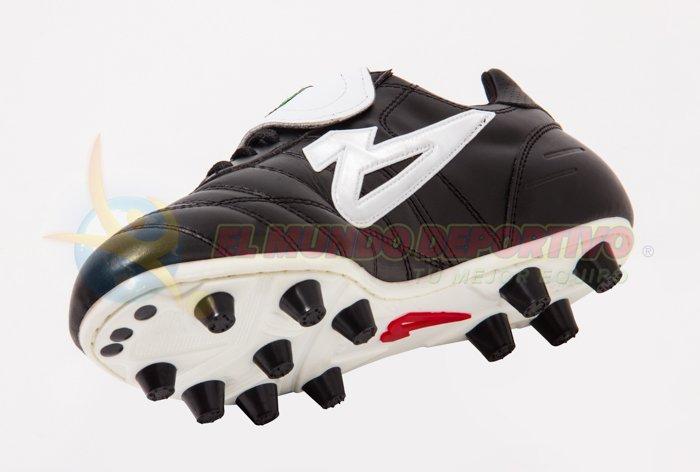 feac67d249 Zapato de Futbol marca OLMECA Upper Pro Negro | Tienda Deportiva